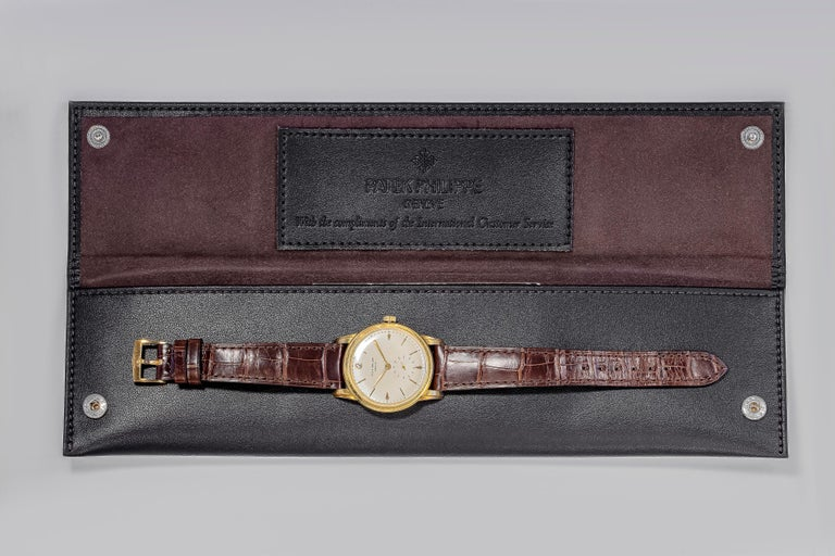 Vintage Patek Philippe Calatrava Yellow Gold Wristwatch Ref. 2452J In Good Condition For Sale In New York, NY