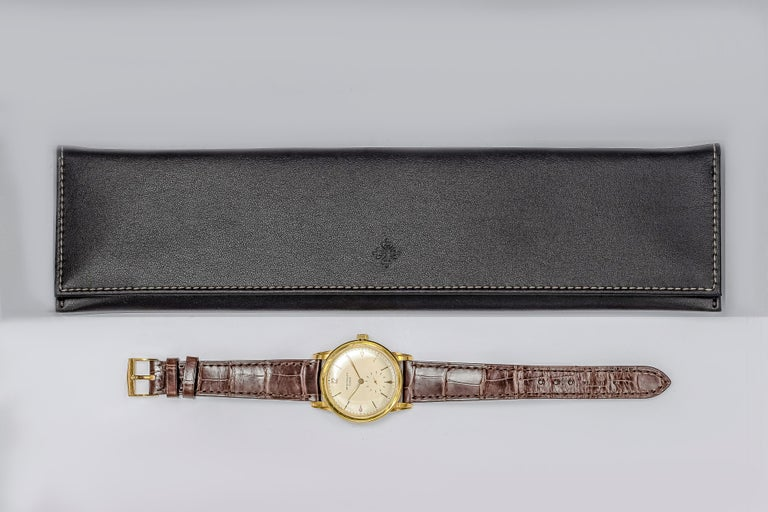 Men's Vintage Patek Philippe Calatrava Yellow Gold Wristwatch Ref. 2452J For Sale