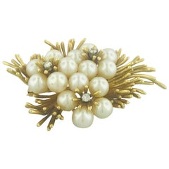 Vintage Pearl and Diamond Flower Pin or Brooch in 18 Karat Yellow Gold