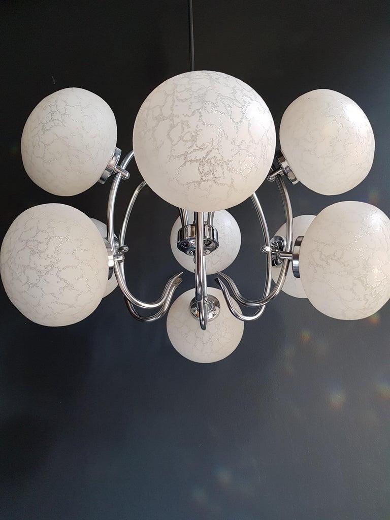 Vintage Pendant Chandelier 1970s Space Age Ufo Atom Lamp White Chrome For Sale 3