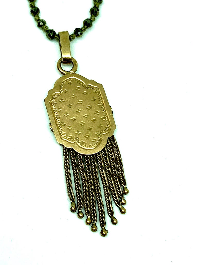 Vintage Pendant, Pyrite 15K Gold Long Necklace In As New Condition For Sale In Paris, FR