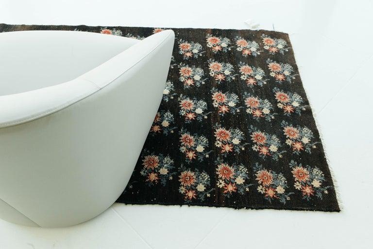 Vintage Persian Bakhtiari Rug For Sale 6