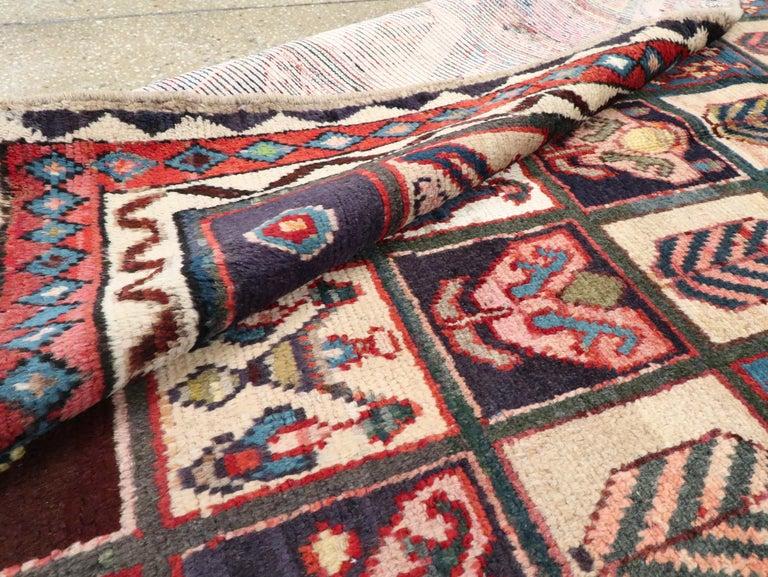 Vintage Persian Bakhtiari Rug For Sale 2