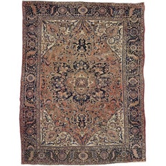 Vintage Persian Heriz Rug with Traditional Style in Light Colors