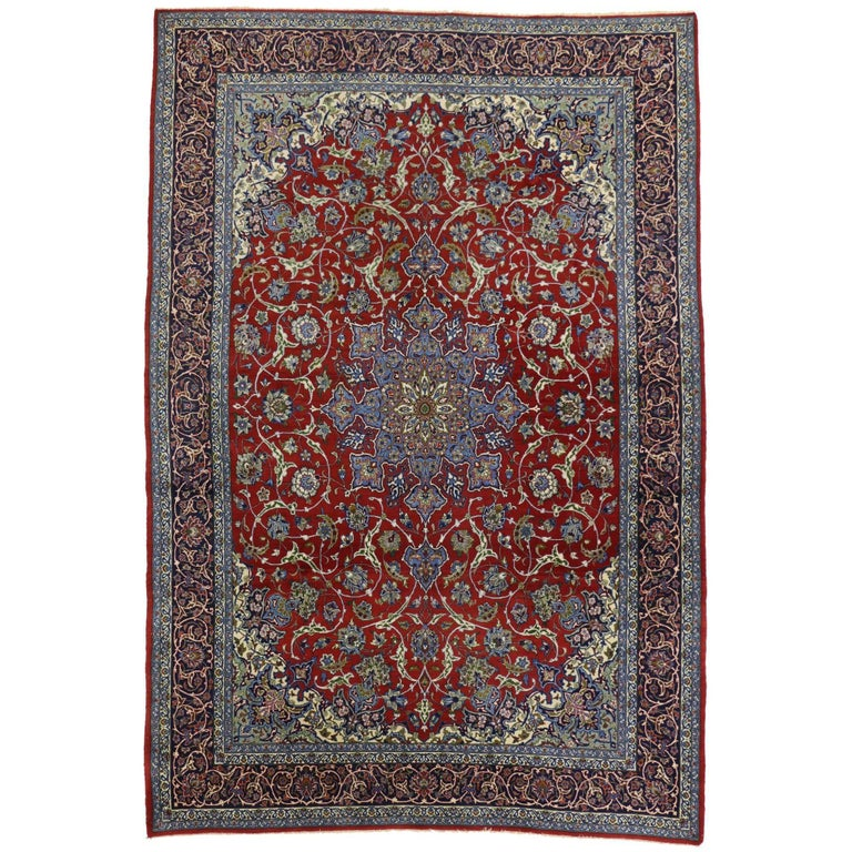 Vintage Persian Isfahan Rug with Shah Abba Design and Arabesque Federal Style For Sale