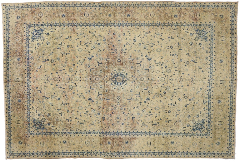 Vintage Persian Kashan Rug with French Country Style In Good Condition For Sale In Dallas, TX