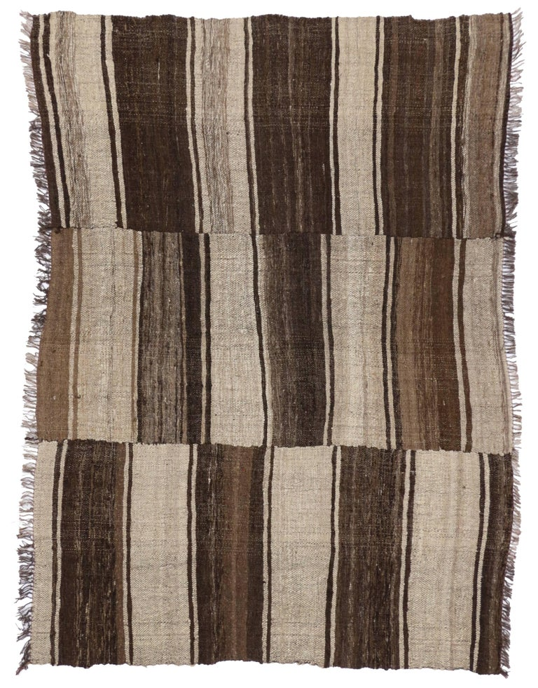 Hand-Woven Vintage Persian Mazandaran Kilim Rug with Modern Style For Sale