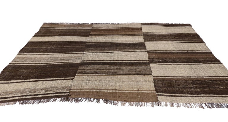 Wool Vintage Persian Mazandaran Kilim Rug with Modern Style For Sale