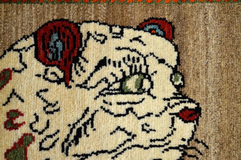 Vintage Persian Qashqai Leopard Animal circa 1930 in Pure Handspun Wool For Sale 1