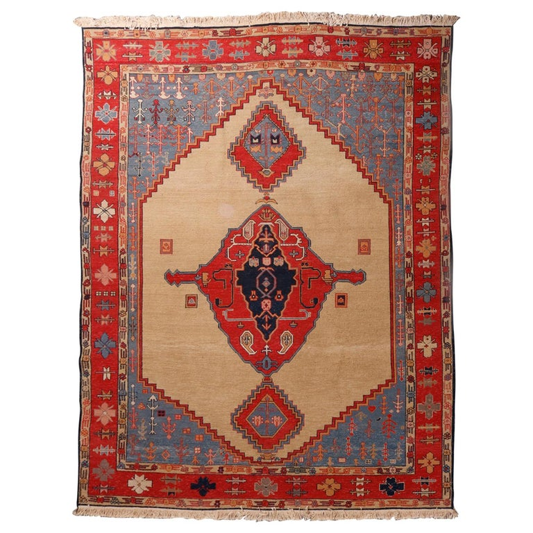 Vintage Persian Serapi Tribal Wool Carpet, 20th Century For Sale