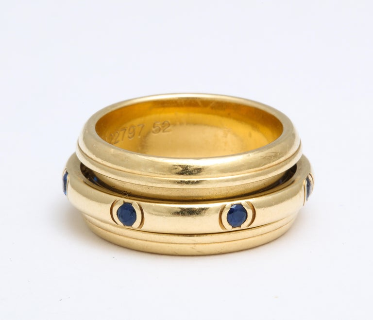 Round Cut Vintage Piaget Sapphire and 18 Karat Gold For Sale