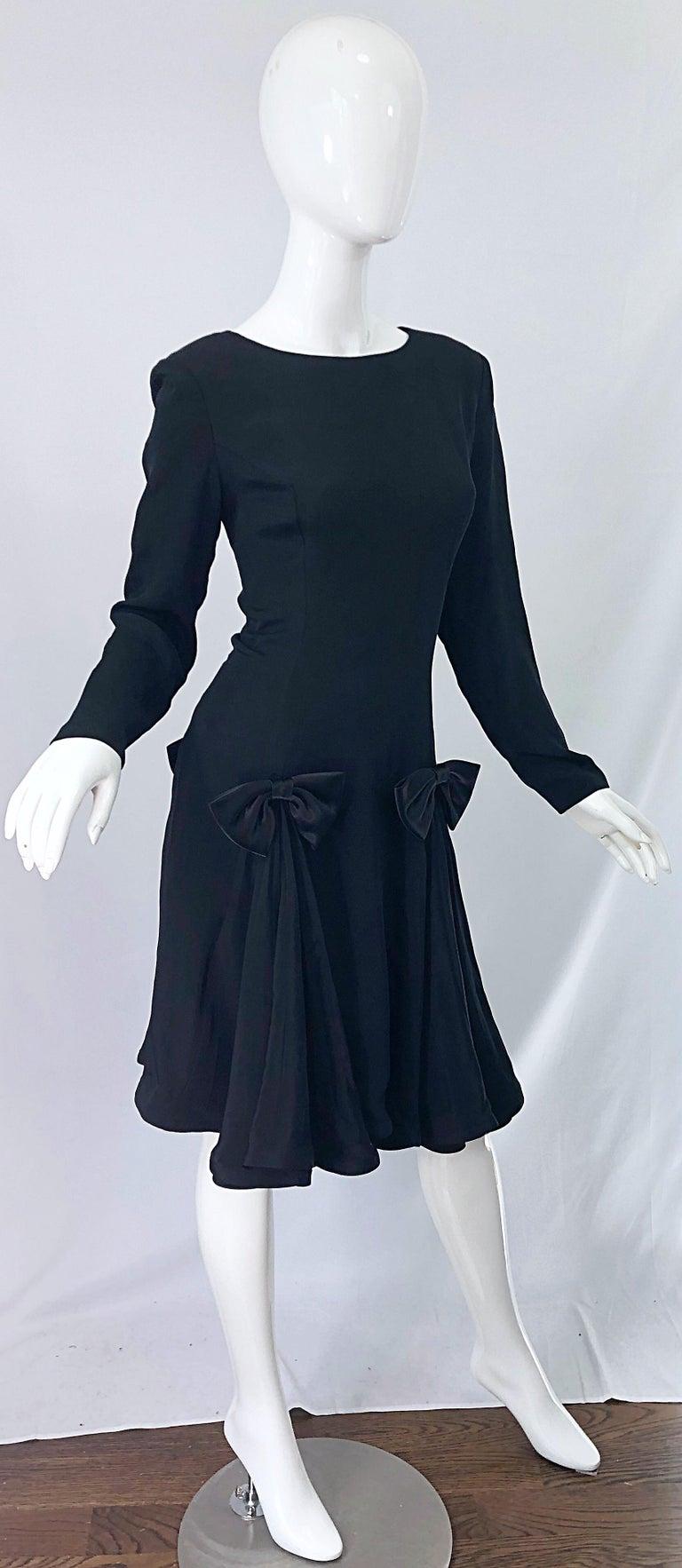 Vintage Pierre Cardin Size 8 Black Silk 1990s Long Sleeve 90s Bow Dress For Sale 6