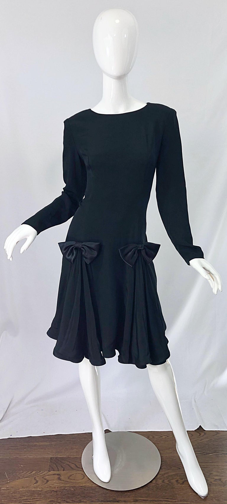 Vintage Pierre Cardin Size 8 Black Silk 1990s Long Sleeve 90s Bow Dress For Sale 8