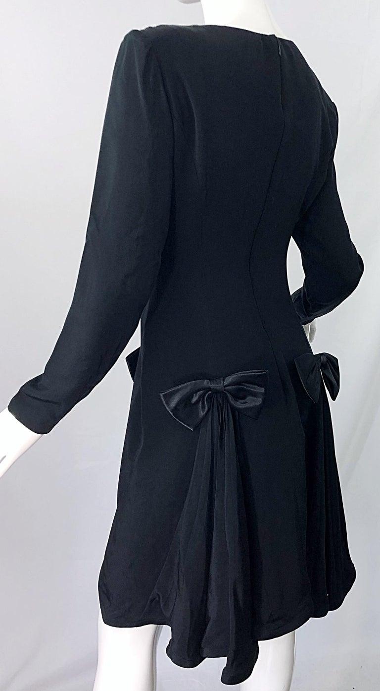 Vintage Pierre Cardin Size 8 Black Silk 1990s Long Sleeve 90s Bow Dress For Sale 3