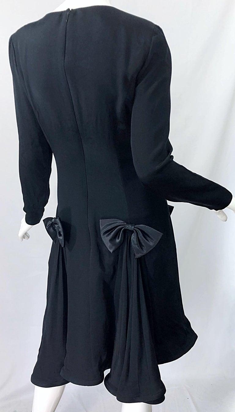 Vintage Pierre Cardin Size 8 Black Silk 1990s Long Sleeve 90s Bow Dress For Sale 5