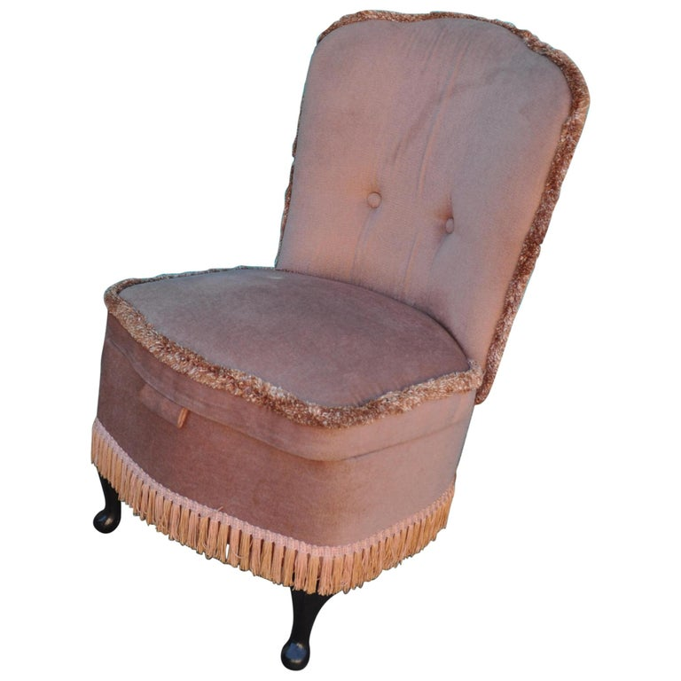 Vintage Pink Velour Bedroom Boudoir Chair Studded Back and Padded Seat For Sale