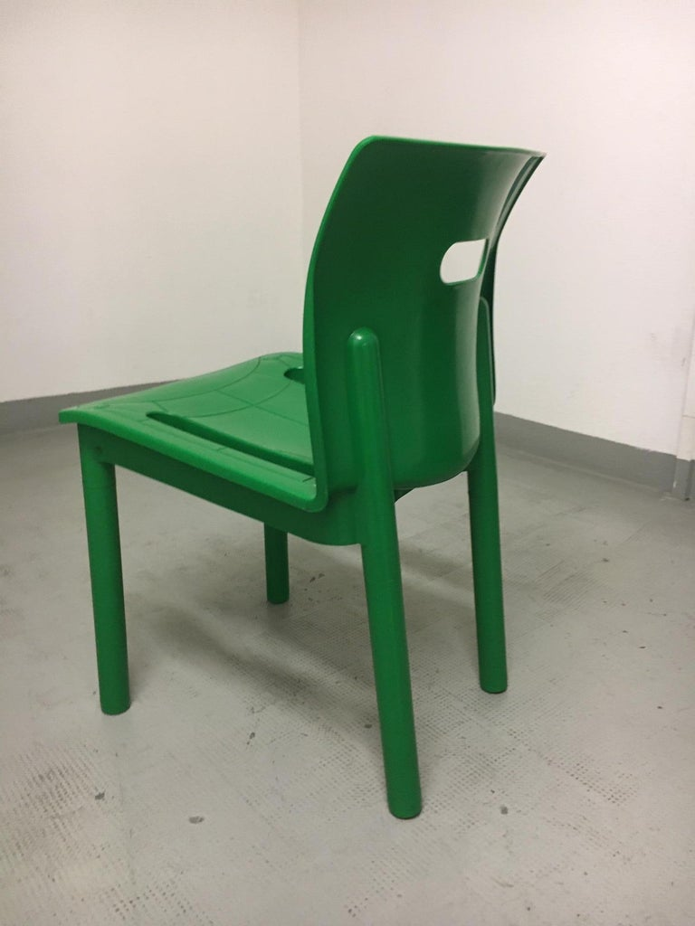 Vintage plastic stackable chair by Anna Castelli Ferrieri produced by Kartell, Italy, 1986