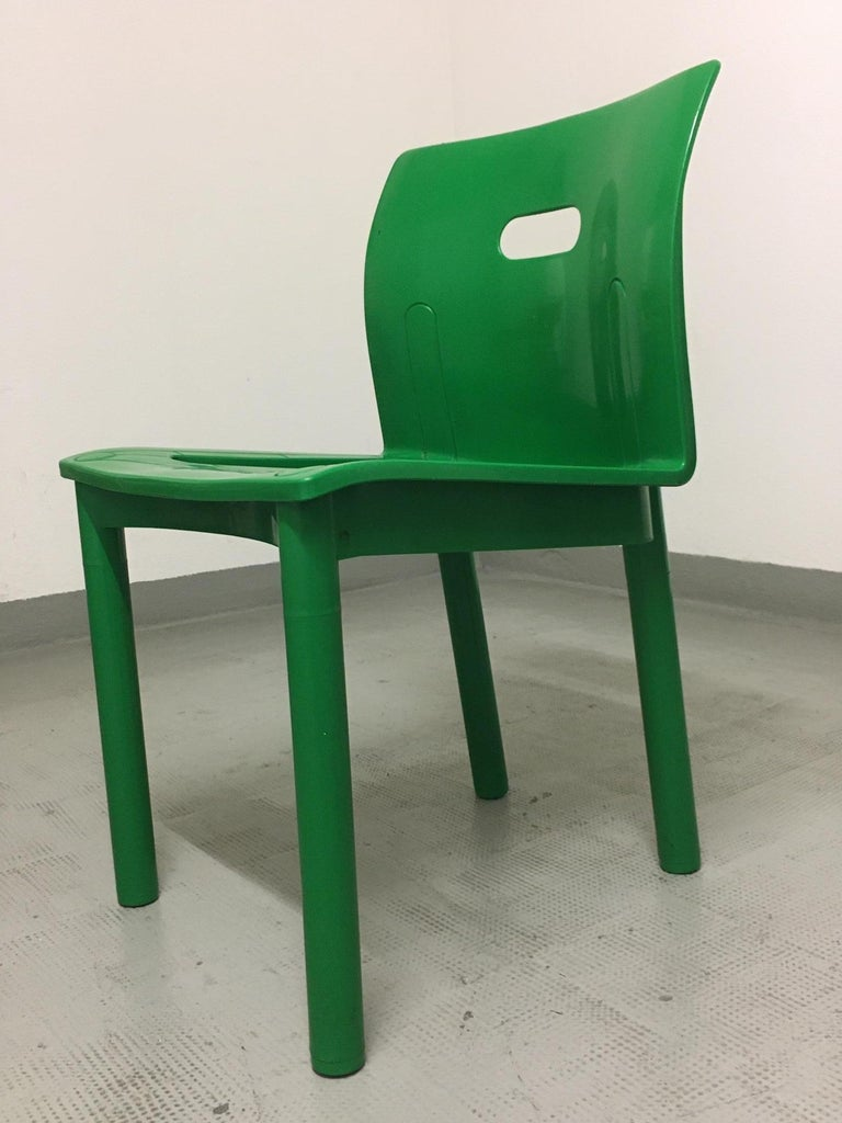 Late 20th Century Vintage Plastic Stackable Chair by Anna Castelli Ferrieri, Kartell, Italy, 1986 For Sale