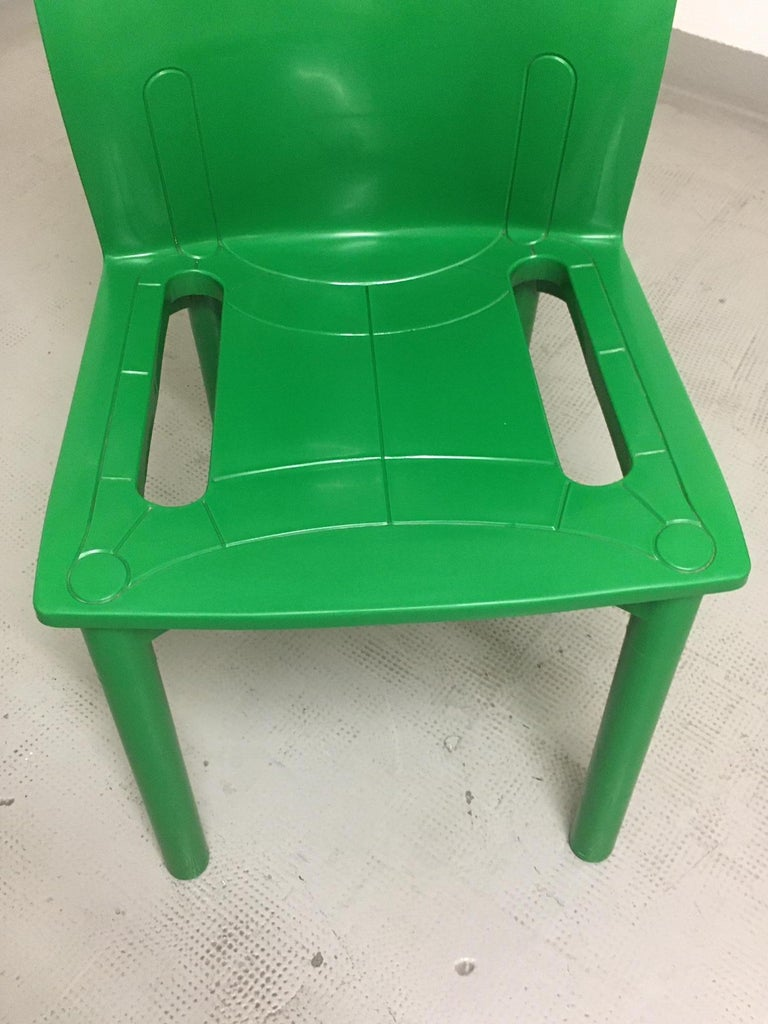Vintage Plastic Stackable Chair by Anna Castelli Ferrieri, Kartell, Italy, 1986 For Sale 2