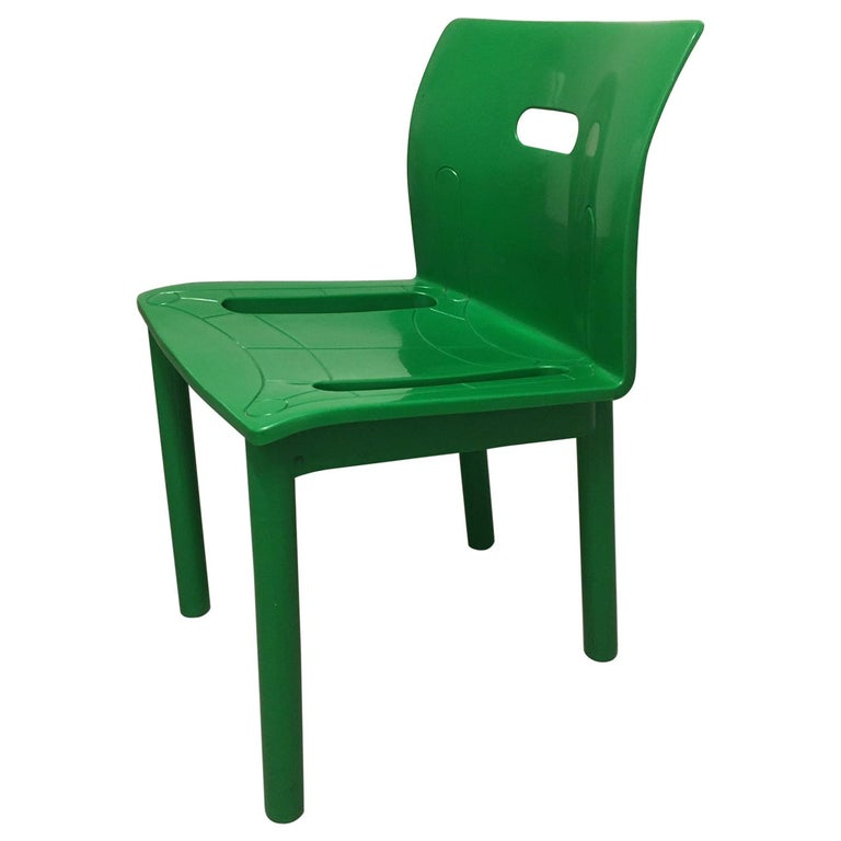 Vintage Plastic Stackable Chair by Anna Castelli Ferrieri, Kartell, Italy, 1986 For Sale