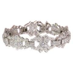 Vintage Platinum 12 carat Diamond Bracelet, Art Deco style made in the Fifties