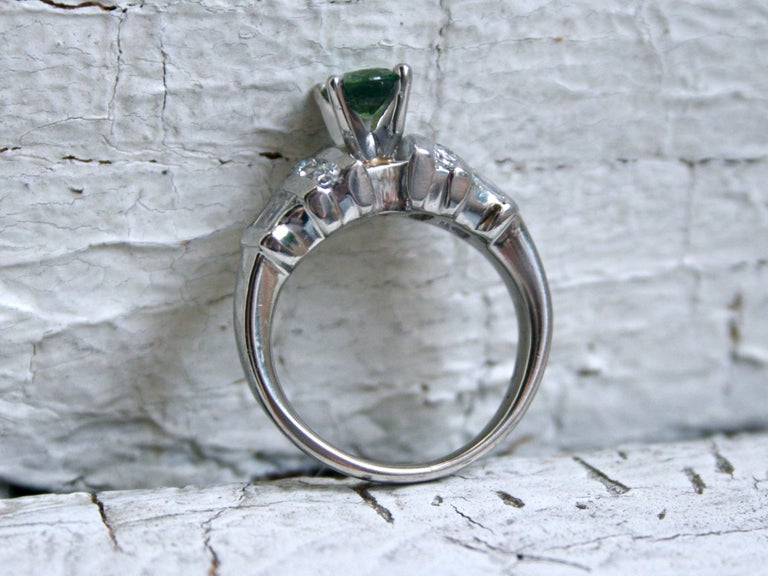 Women's or Men's Vintage Platinum Green Sapphire and Diamond Ring Engagement Ring, 1.23 Carat For Sale