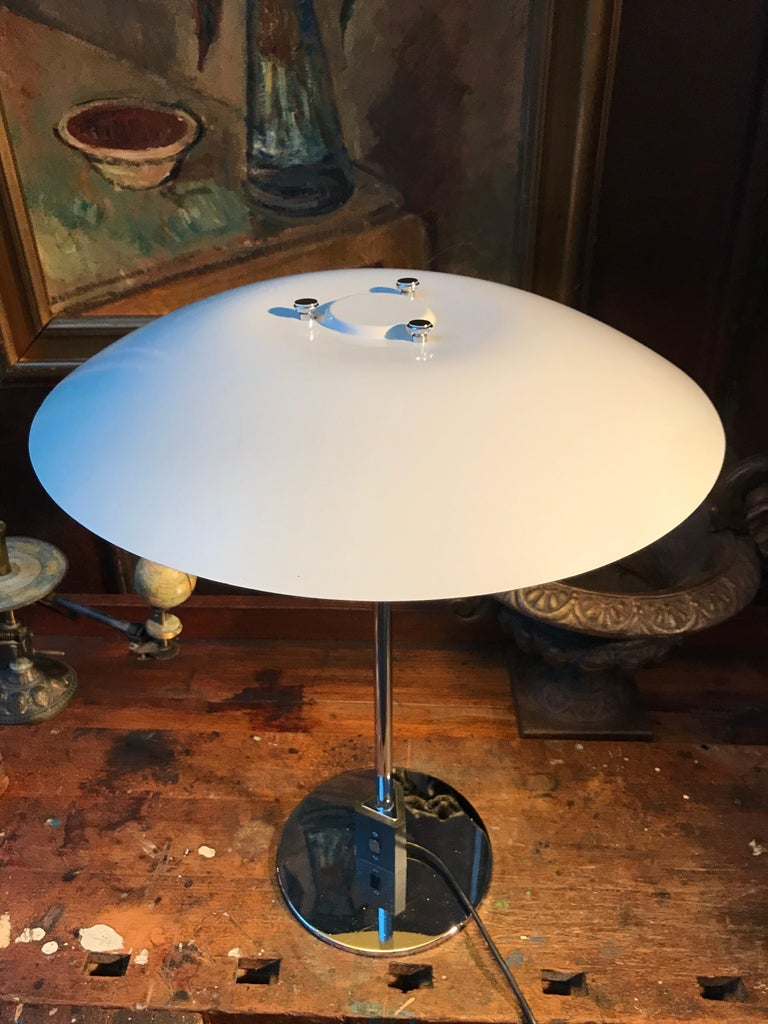 Hand-Crafted Vintage Poul Henningsen 4/3 Table Lamp from the 1960s For Sale