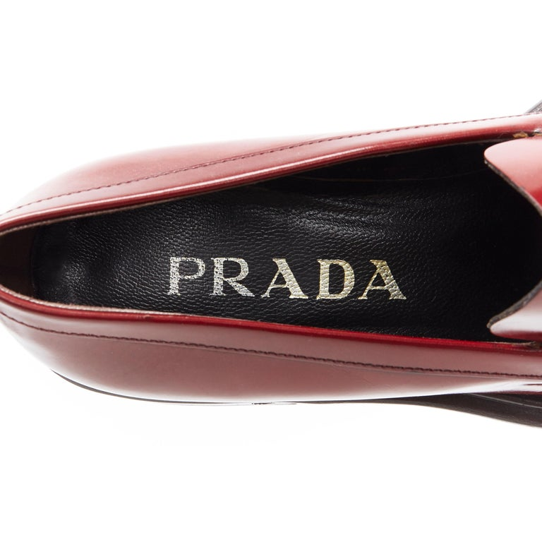 vintage PRADA red polished leather square toe chunky heel loafer EU34.5 For Sale 5