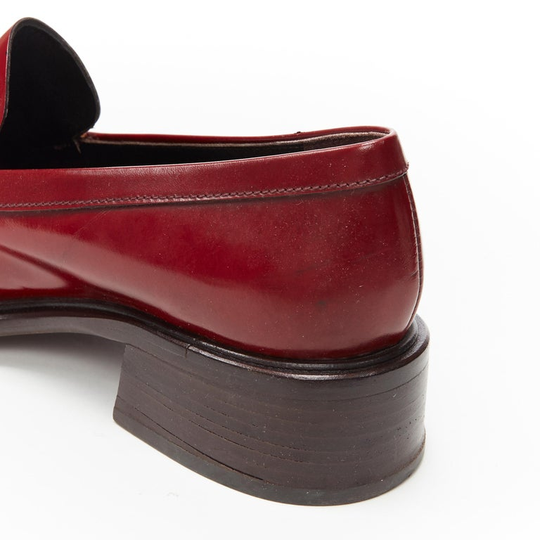 vintage PRADA red polished leather square toe chunky heel loafer EU34.5 For Sale 3