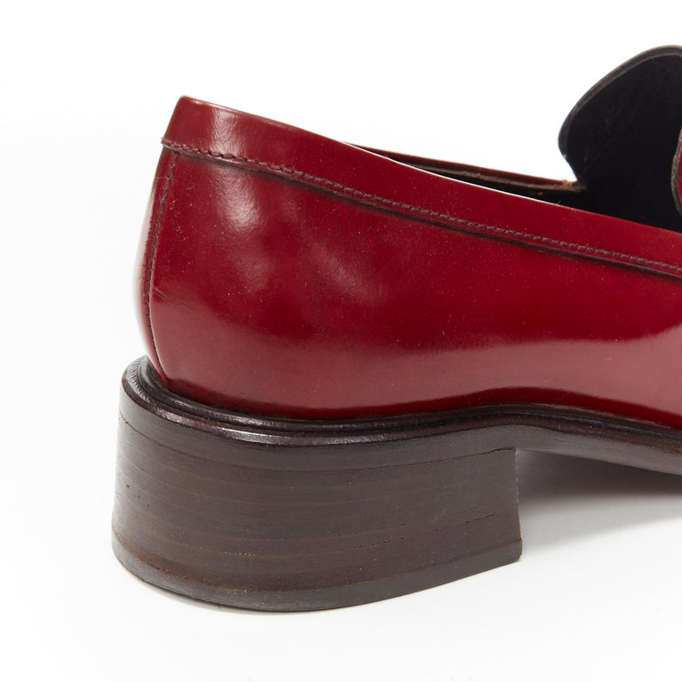 vintage PRADA red polished leather square toe chunky heel loafer EU34.5 For Sale 4