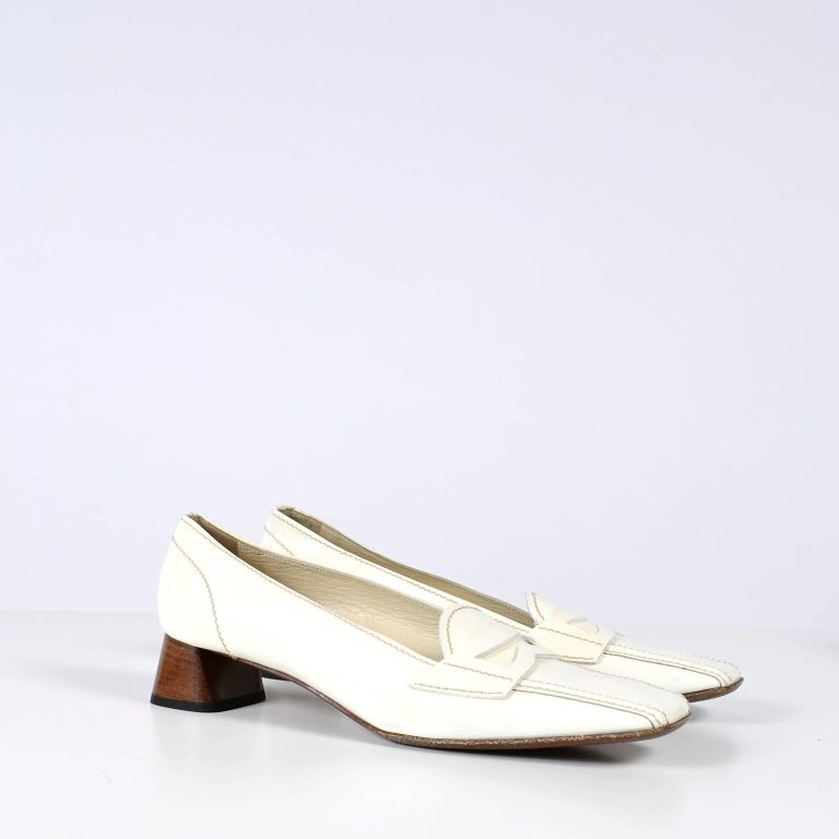 c7cd630247e Vintage Prada Shoes W  Square Toes   Block Heels in Ivory Patent Leather In  Excellent
