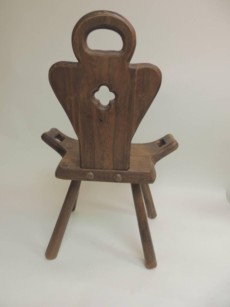Mid-20th Century Vintage Primitive Rustic Belgian Artisanal Birthing Chair  with Four Legs For Sale - Vintage Primitive Rustic Belgian Artisanal Birthing Chair With Four