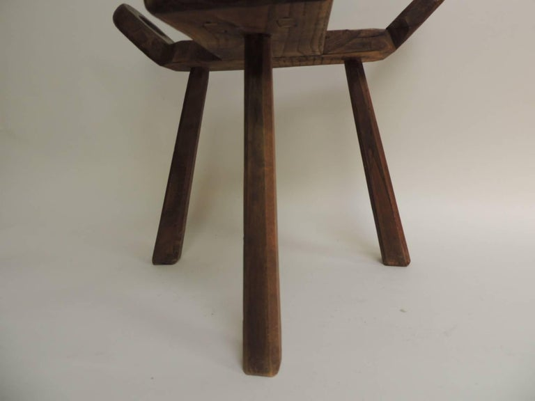 "Vintage Primitive Rustic Tripod Legs ""Birthing"" Chair In Excellent  Condition For Sale In Oakland - Vintage Primitive Rustic Tripod Legs ""Birthing"" Chair At 1stdibs"