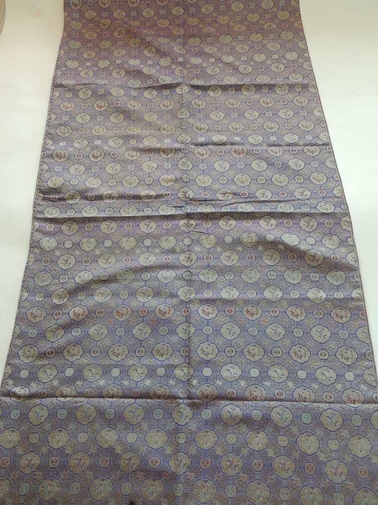 Japanese Vintage Purple and Silver Woven Silk Obi Textile For Sale