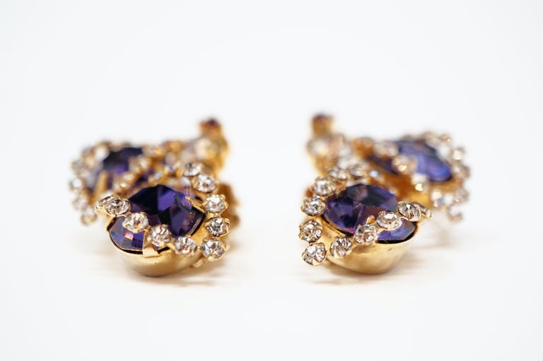 Vintage Purple Rhinestone Clip-On Earrings, circa 1960s In Excellent Condition For Sale In Los Angeles, CA