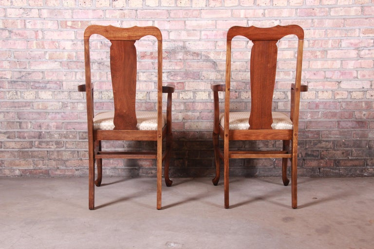 Vintage Queen Anne Mahogany Armchairs, Pair For Sale 3