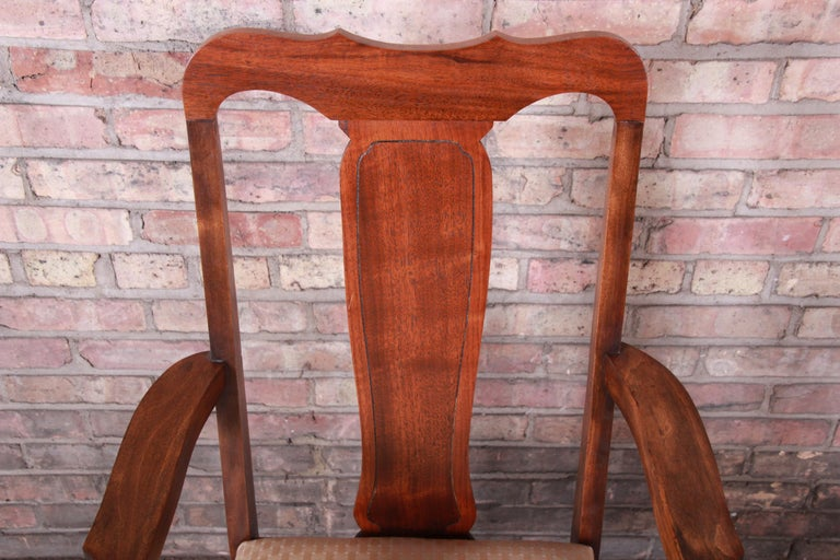 Vintage Queen Anne Mahogany Armchairs, Pair For Sale 4