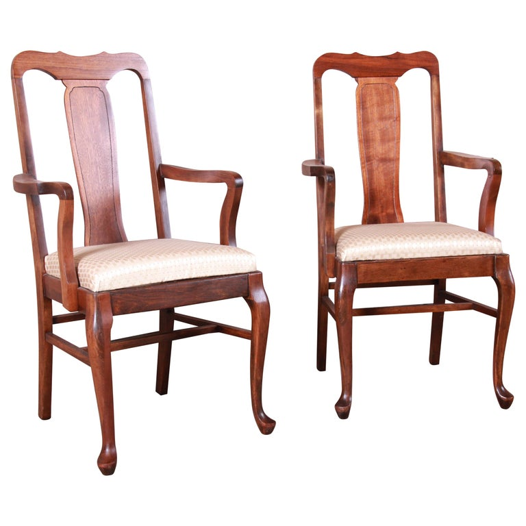 Vintage Queen Anne Mahogany Armchairs, Pair For Sale