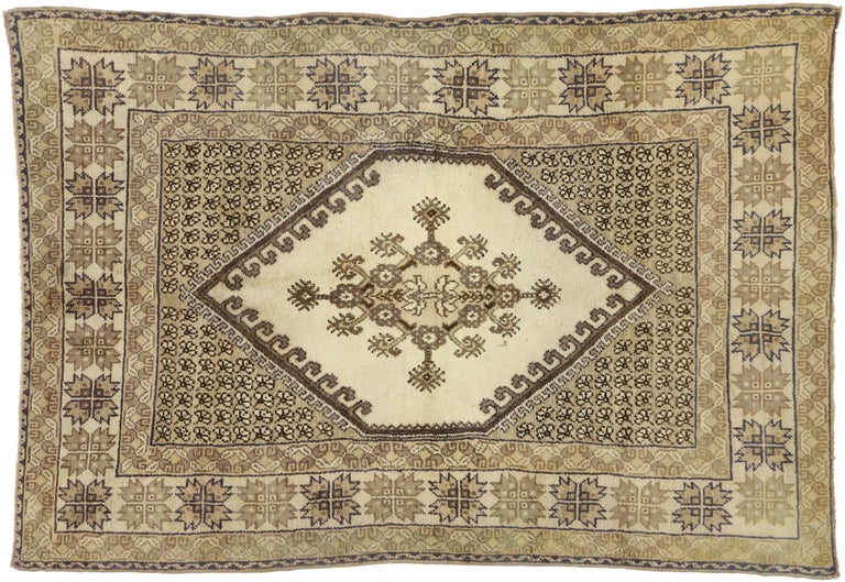 Wool Vintage Rabat Moroccan Medallion Rug with Transylvanian Anatolian Style For Sale
