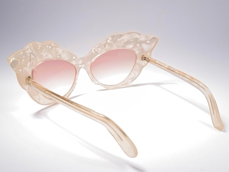 Women's or Men's Vintage Rare Alain Mikli AM14 Mother of Pearl Cat Eye France Sunglasses 1988 For Sale