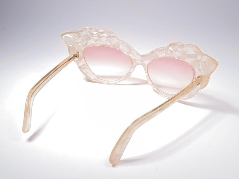 Vintage Rare Alain Mikli AM14 Mother of Pearl Cat Eye France Sunglasses 1988 For Sale 2