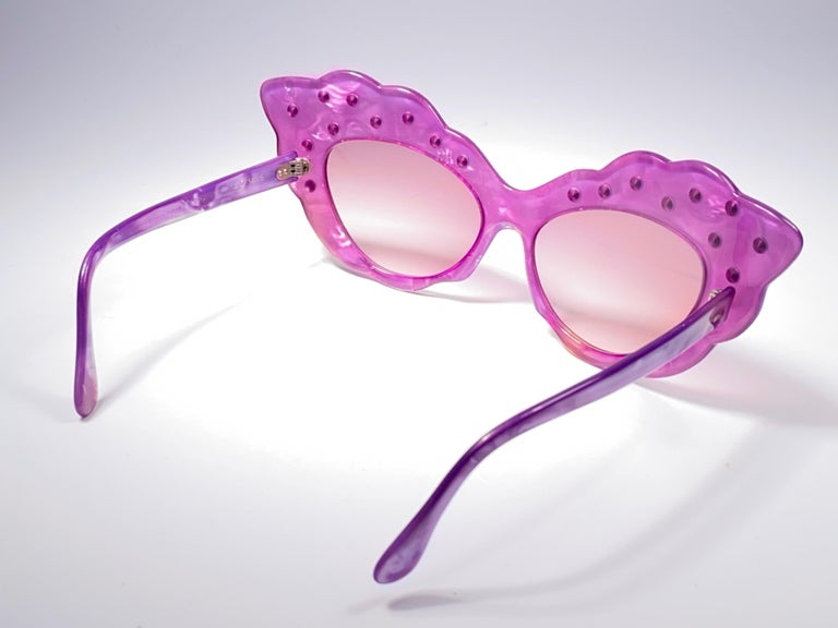 Vintage Rare Alain Mikli AM14S Fuchsia Oversized Cat Eye France Sunglasses 1988 For Sale 3