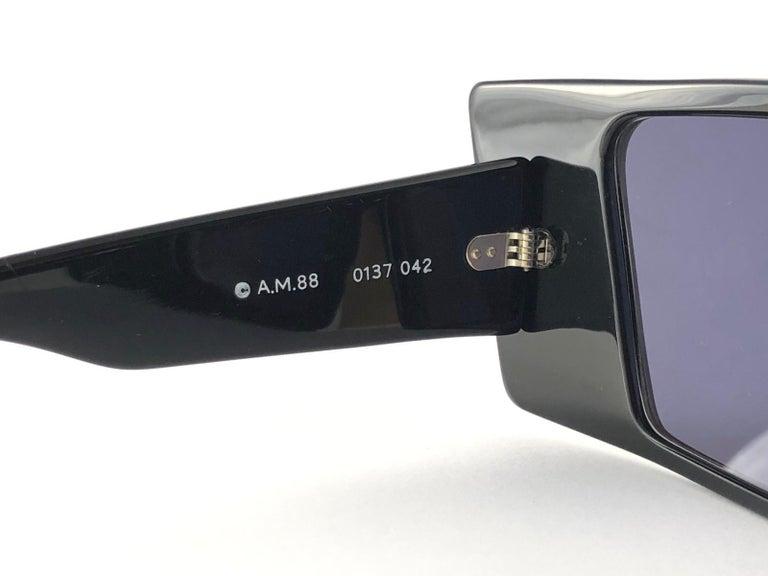 Women's or Men's Vintage Rare Collector Alain Mikli AM 88 Nose Guard Avantgarde Sunglasses 1988 For Sale