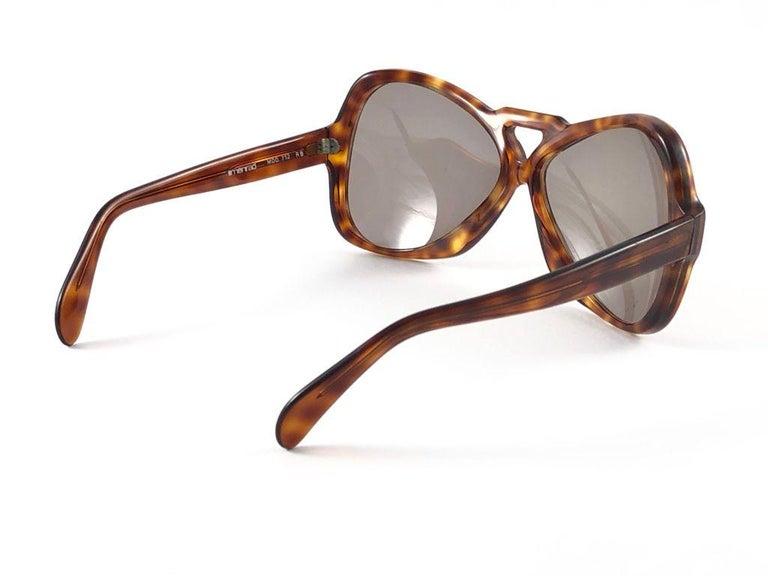 Women's Vintage Rare Menrad 712 Oversized Cut Out 1970 Sunglasses For Sale