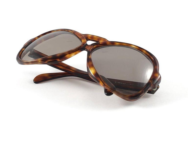 Vintage Rare Menrad 712 Oversized Cut Out 1970 Sunglasses For Sale 1