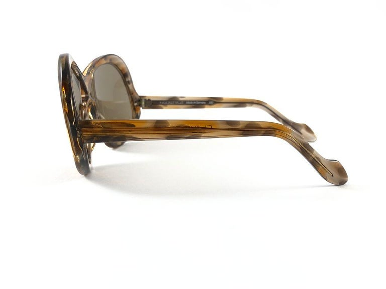 Vintage Rare Neostyle Clavit 175 Oversized 1970 Sunglasses In Excellent Condition For Sale In Amsterdam, Noord Holland