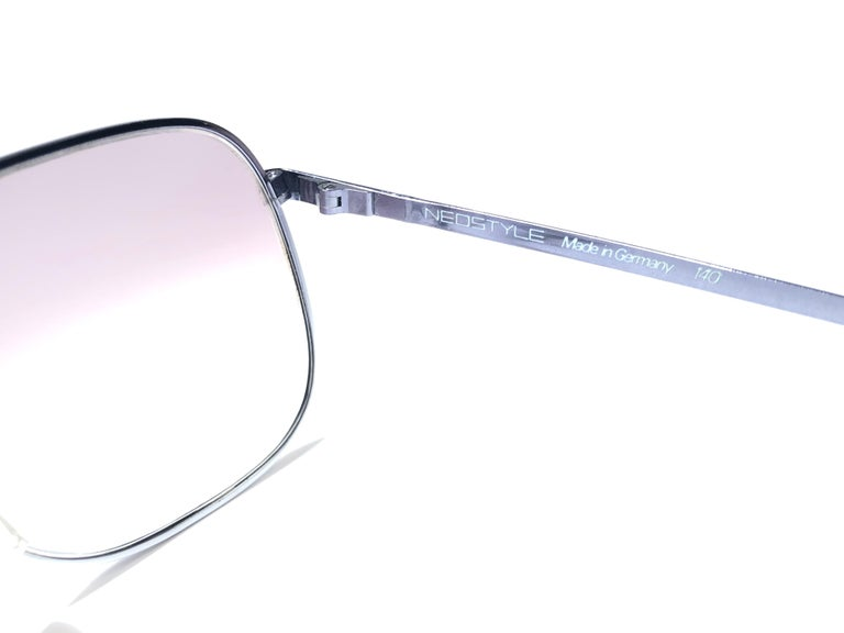Women's Vintage Rare Neostyle Silver Matte Grey Changeable Lenses 1970 Sunglasses For Sale