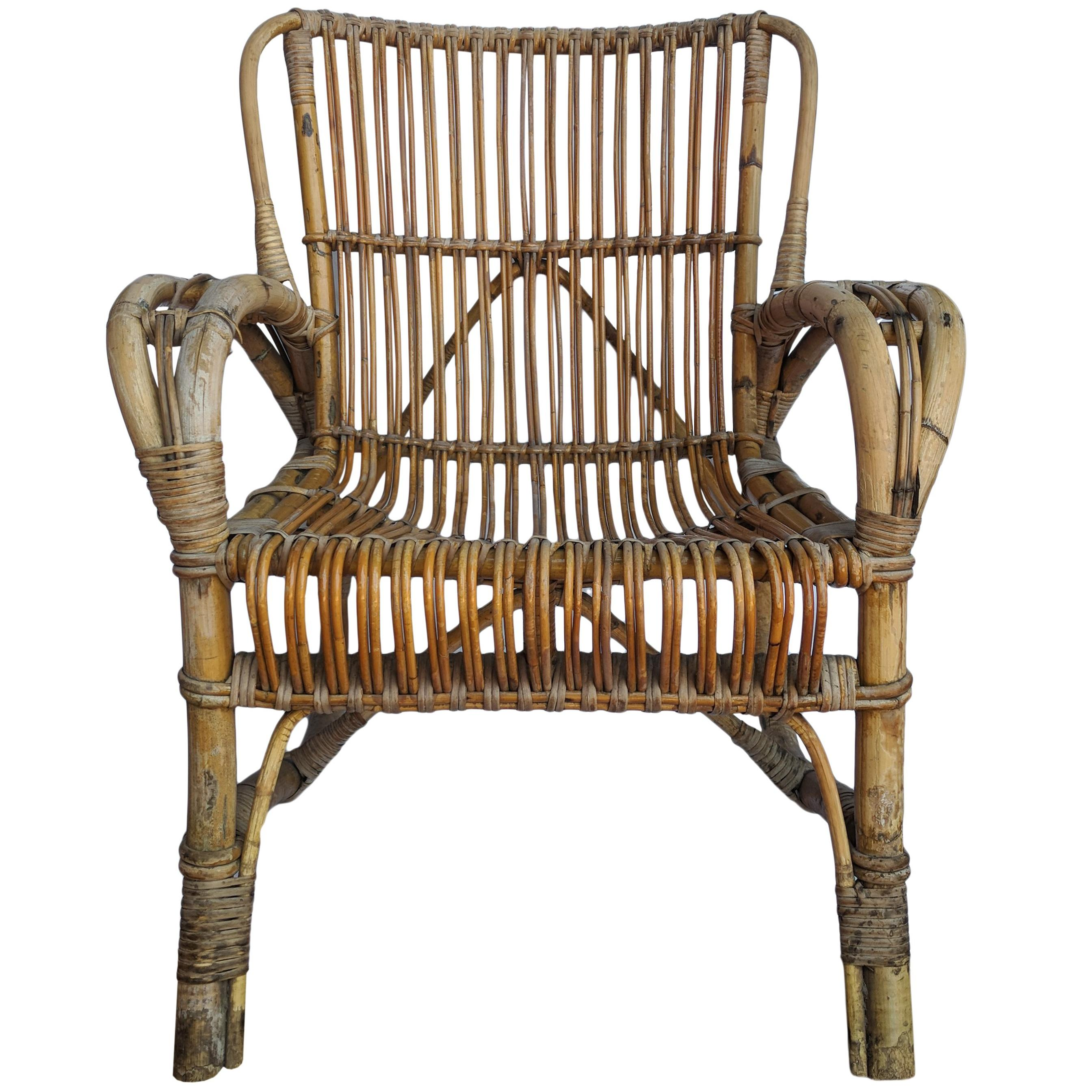 Exceptionnel Vintage Rattan Armchair For Sale