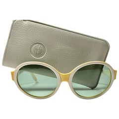 Vintage Ray Ban Ketch Oval Beige / Yellow 1970 B&L USA Sunglasses