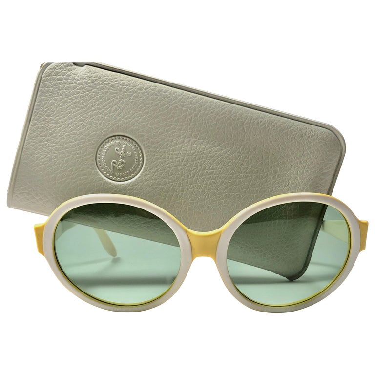 e9ae7319297 Vintage Ray Ban Ketch Oval Beige   Yellow 1970 B L USA Sunglasses For Sale